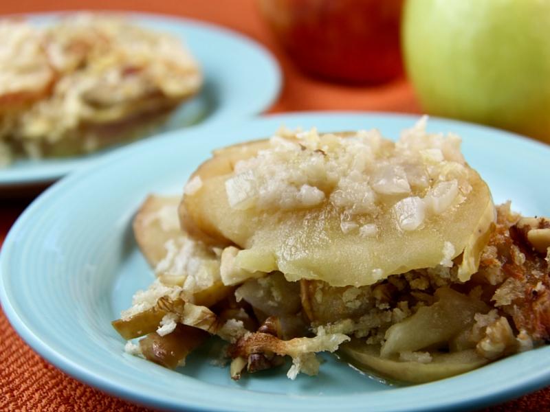 Apple Onion Cheddar Gratin
